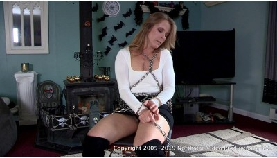 Chained Up Hostage (MP4) - Claire Irons