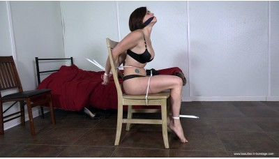 Could Her Day Get Any Worse (MP4) - Violet