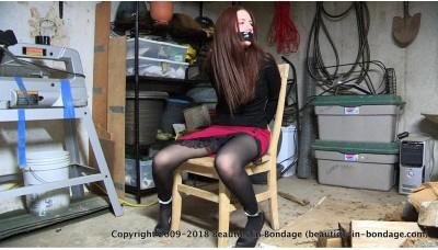 Girl In The Garage (WMV) - Tara