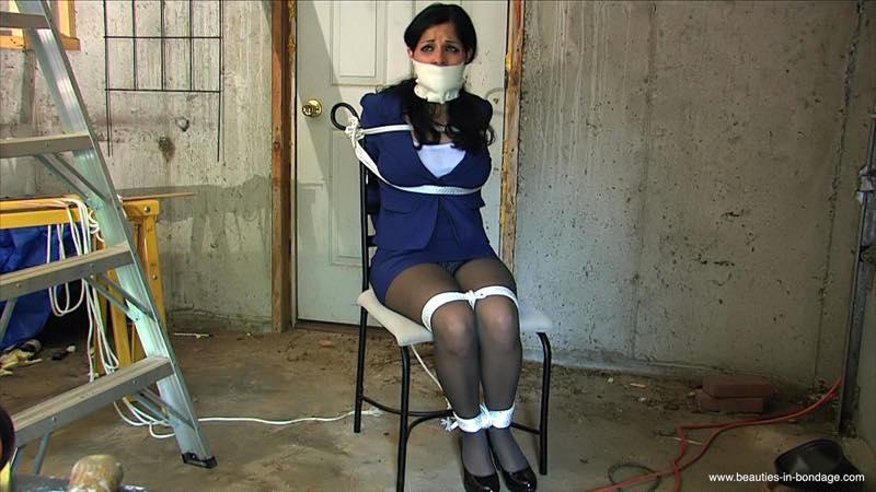 Waiting For The Ransom enhanced (MP4) - Hannah Perez